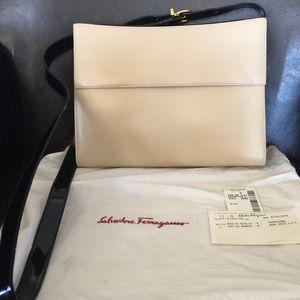 💝SALVATORE FERRAGAMO CROSSBODY BAG